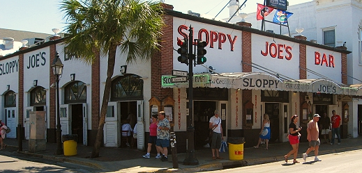 Sloppy Joe's - Ernest Hemingway's favorite bar in Key West