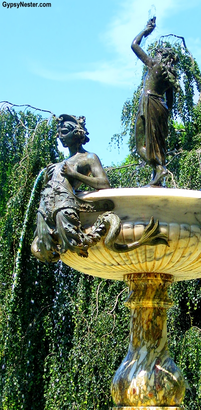 Bizarre fountain in Newport, Rhode Island