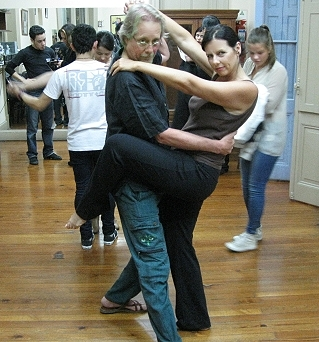 The GypsyNesters learn to tango in Buenos Aires!