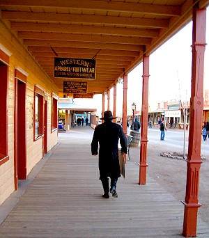 Gunslinger in Tombstone