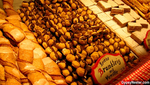 Sweets in Vienna's Christmas marke